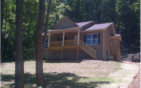 Photo of 1070 Coon Cove Rd, Hiawassee, GA 30546