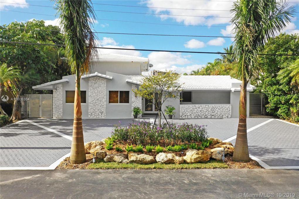 2042 NE 120th Rd North Miami, FL 33181