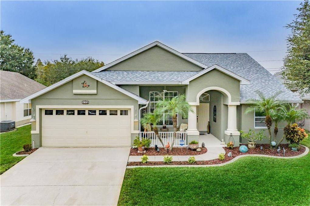 696 N Lake Blvd Tarpon Springs, FL 34689