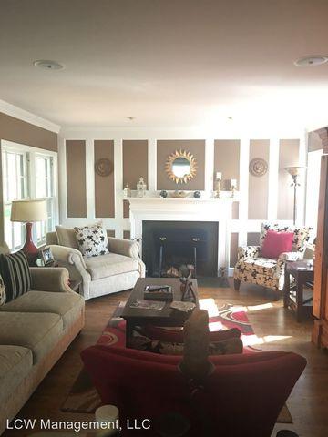 Photo of 1546 Reynolda Rd, Winston Salem, NC 27104