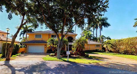 Photo of 8220 Nw 157th Ter, Miami Lakes, FL 33016