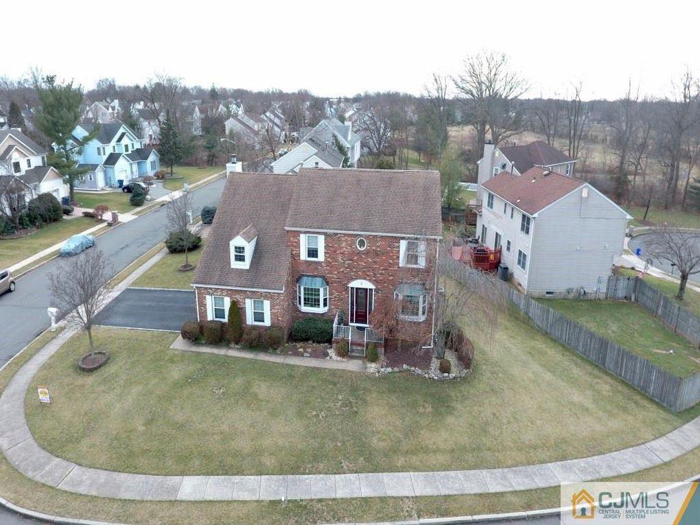 2 Earl Ct North Brunswick, NJ 08902