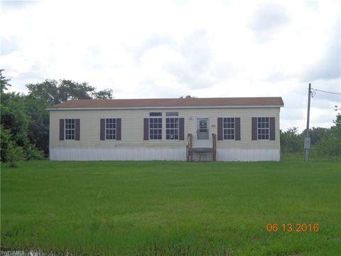 Photo of 655 N Arboleda St, Clewiston, FL 33440
