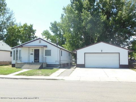 Photo of 732 Russell St, Craig, CO 81625
