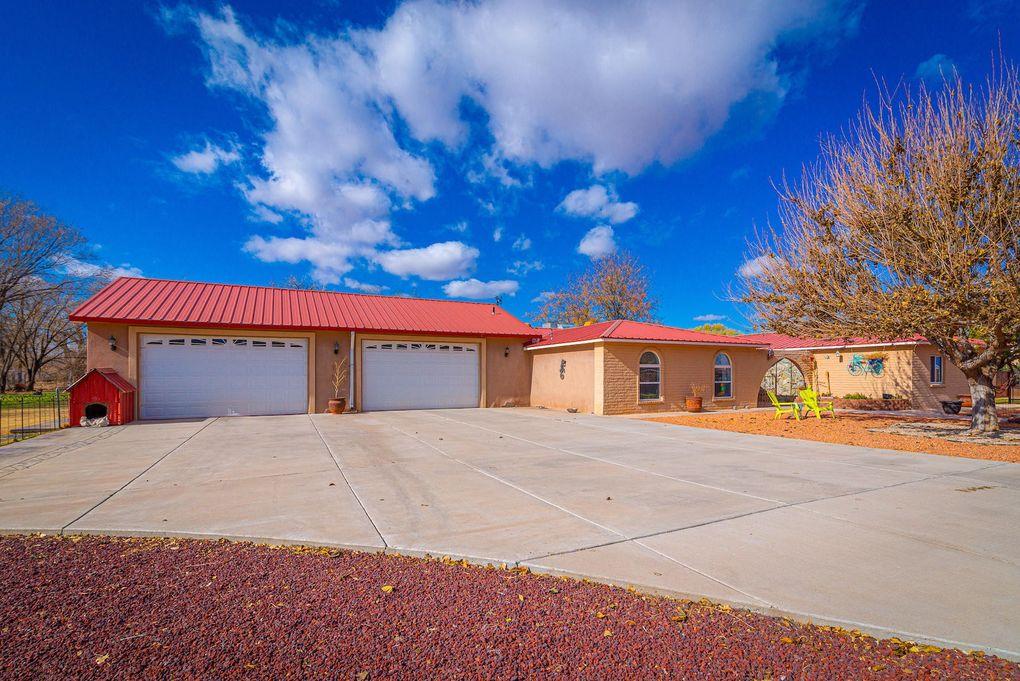 1195 Calle Del Oro Bosque Farms, NM 87068