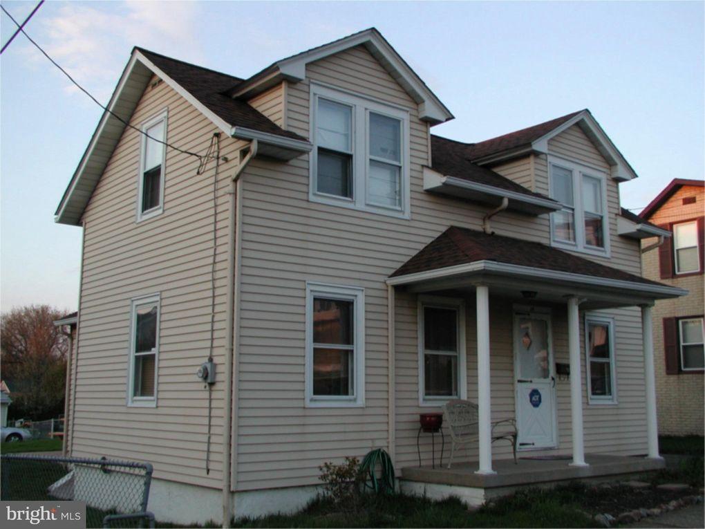 39 W Thomas Ave Hellertown, PA 18055