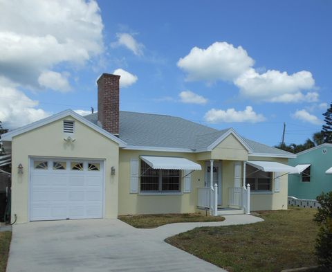 Photo of 1610 Binney Dr, Fort Pierce, FL 34949