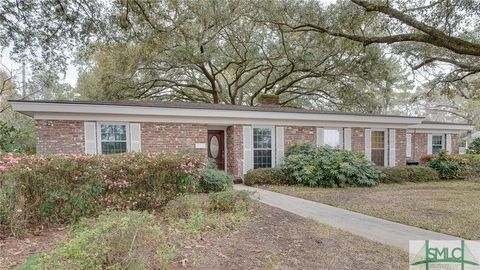 Photo of 1 Broadmoor Cir, Savannah, GA 31406