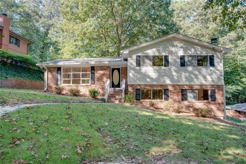 Photo of 2554 Skyland Trl Ne, Brookhaven, GA 30319