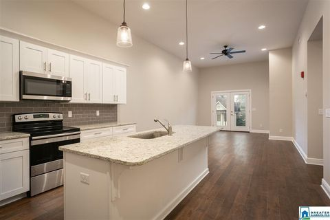 Photo of 2708 7th St Unit 304, Tuscaloosa, AL 35401