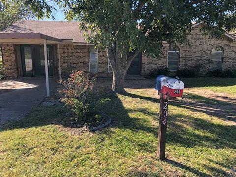 Photo of 204 Terrell St, Ranger, TX 76470
