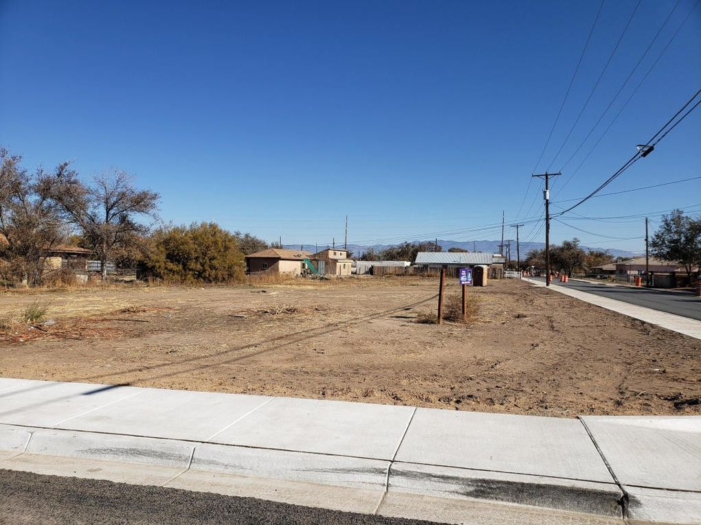 Bernard Ave Belen, NM 87002