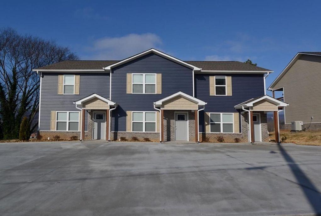 215 College St Dayton, TN 37321