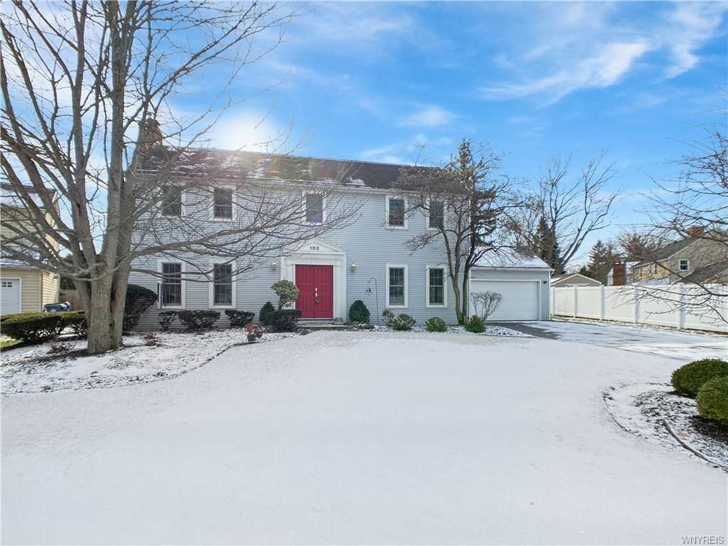 103 Old Orchard St Amherst, NY 14221