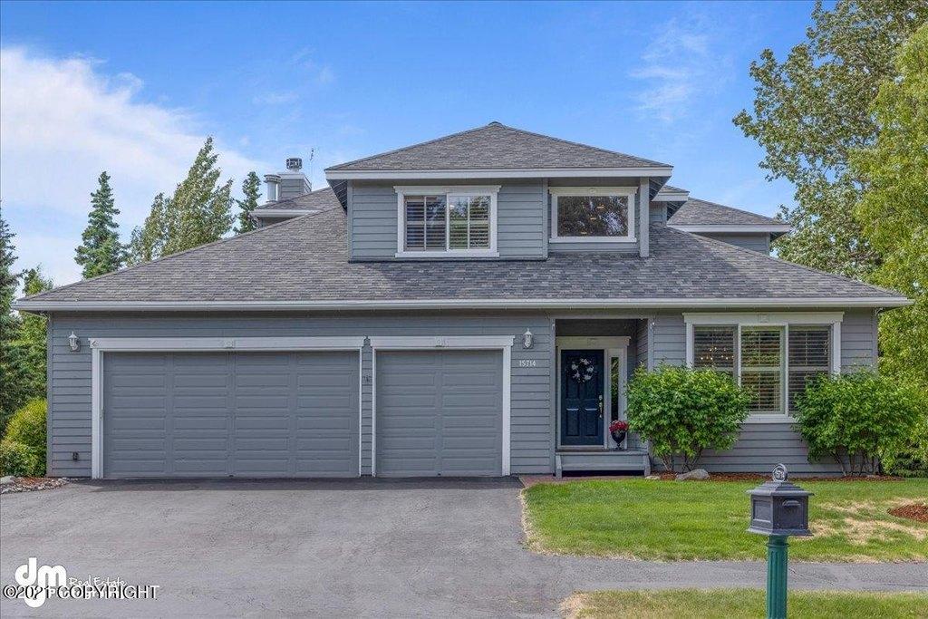 15714 Bridgeview Dr Anchorage Ak, Anchorage Garage Door