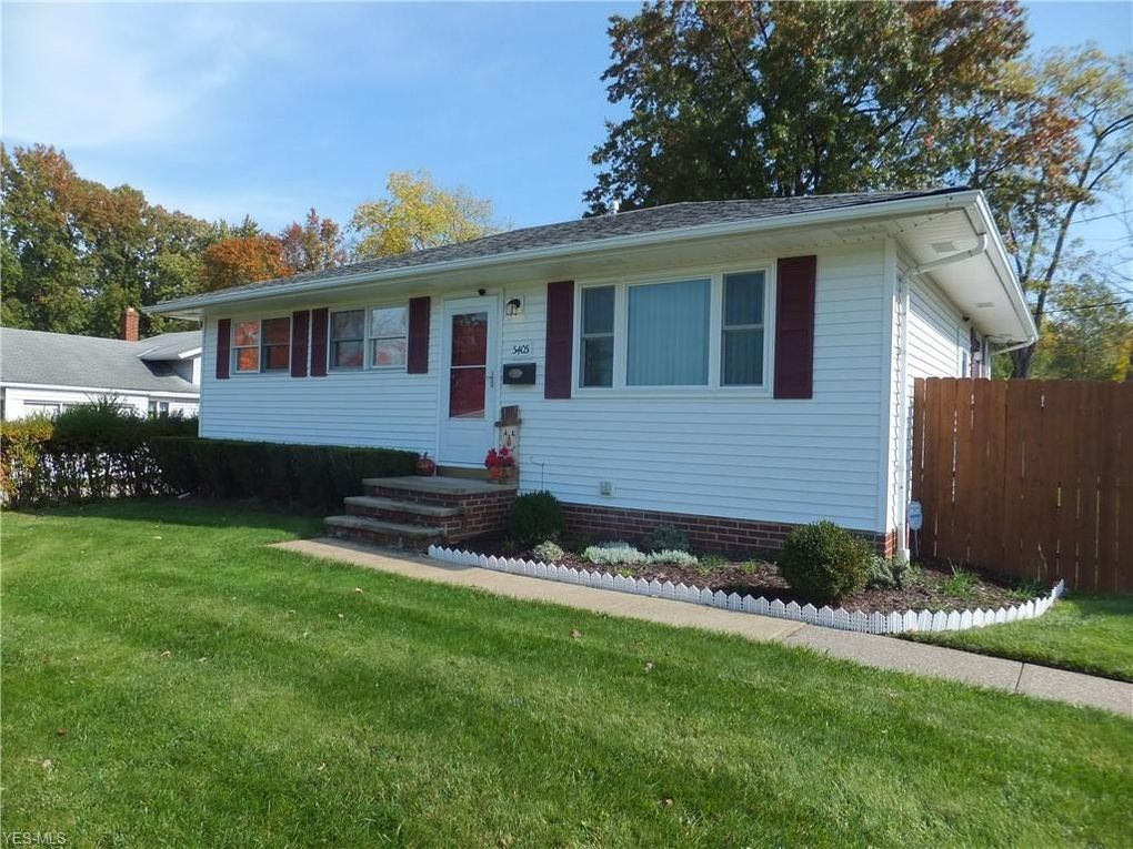 5405 Amherst Dr Parma, OH 44129