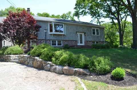 Photo of 251 Cutler Rd, Hamilton, MA 01982
