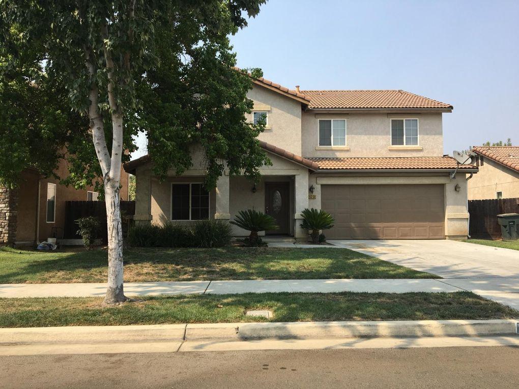 4350 Oak Ave E Visalia, CA 93292