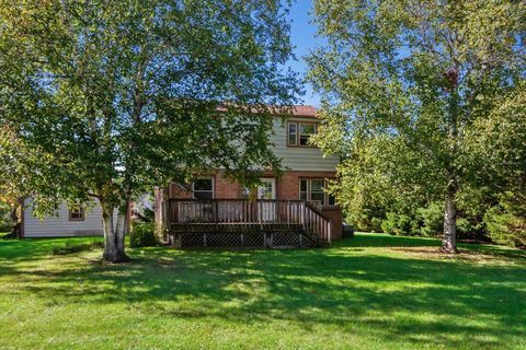 Photo of 4785 Lilly Rd Unit B, Brookfield, WI 53005