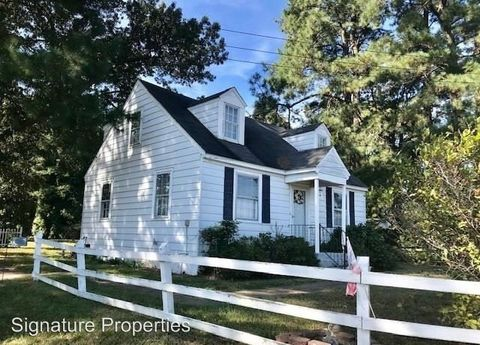Photo of 25064 Tidewater Trl, Tappahannock, VA 22560