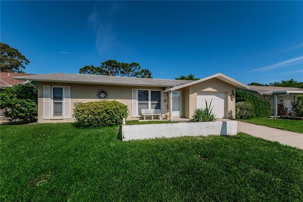 4420 Great Lakes Dr N Clearwater, FL 33762