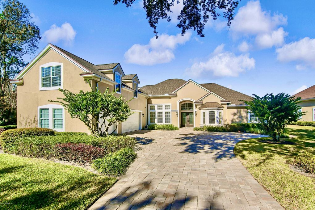 10236 Vineyard Lake Rd E Jacksonville, FL 32256
