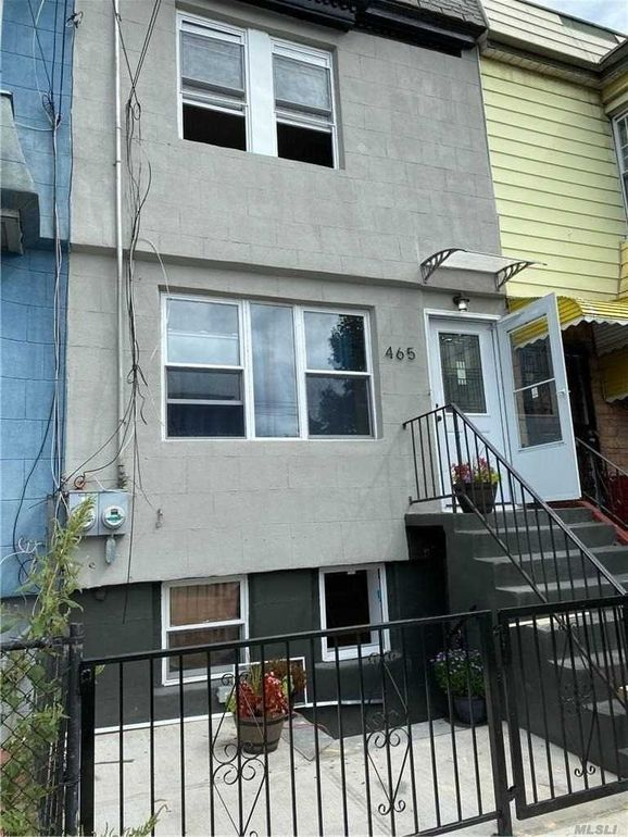 465 Chestnut St Brooklyn Ny 11208 Realtor Com