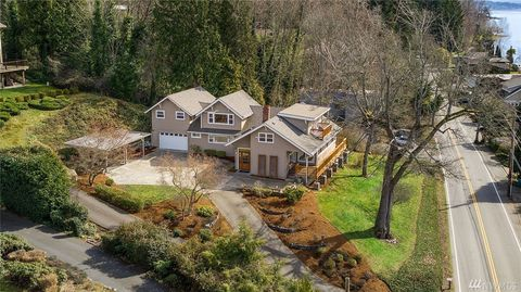 Photo of 12506 Holmes Point Dr Ne, Kirkland, WA 98034