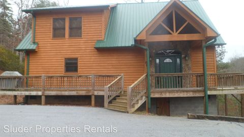 Photo of 546 Tahlfield Rd, Sylva, NC 28779