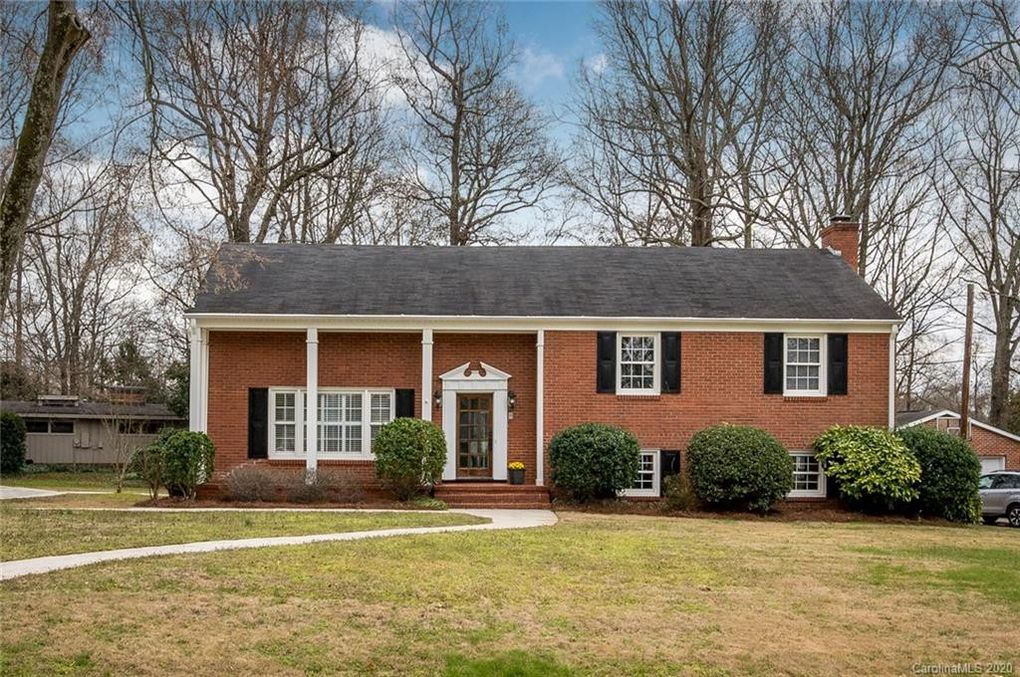 3901 Sussex Ave Charlotte, NC 28210