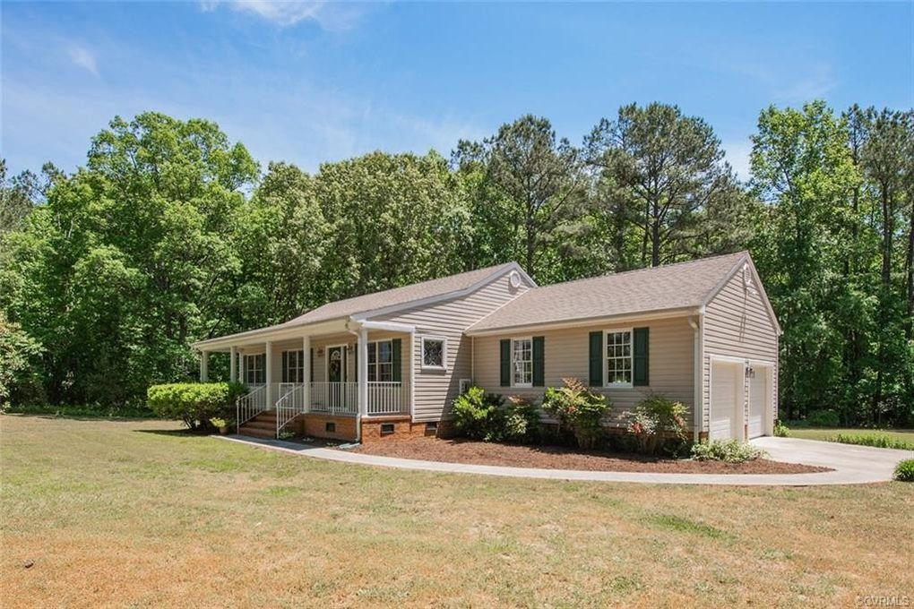 21417 Courthouse Rd Dinwiddie, VA 23841