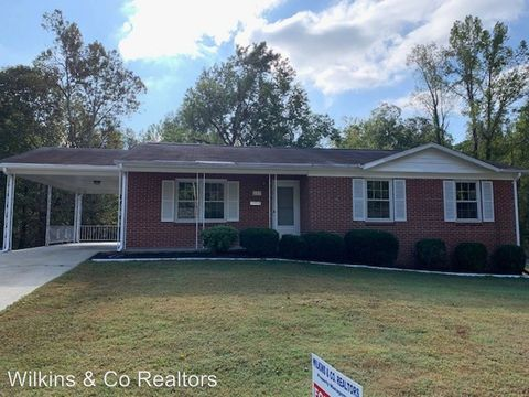 Photo of 207 Westmore Dr, Danville, VA 24541