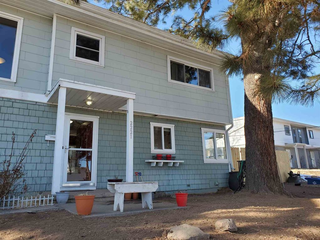 2221 35th St Los Alamos, NM 87544