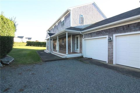 Photo of 21 Hoover Rd, Middletown, RI 02842