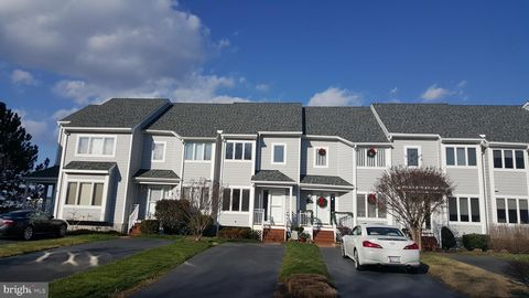 Photo of 1008 Oyster Cove Dr, Grasonville, MD 21638