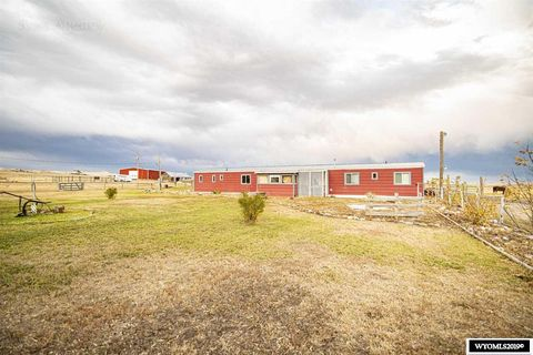 Photo of 9 Spotted Horse Rd, Douglas, WY 82633