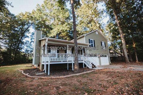 Photo of 1542 Oakleaf Dr, Auburn, GA 30011