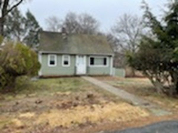 9 Lilac Ct Acton, MA 01720