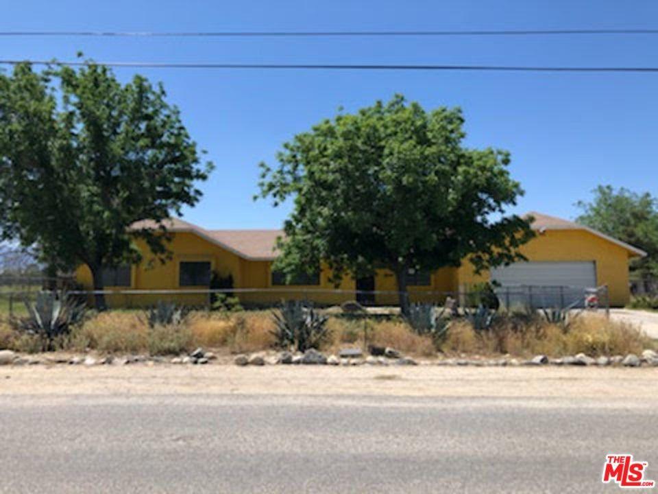 10014 E Avenue R14 Littlerock, CA 93543