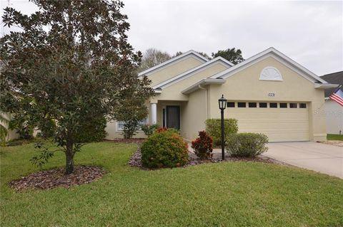 Photo of 12231 Winding Woods Way, Lakewood Ranch, FL 34202
