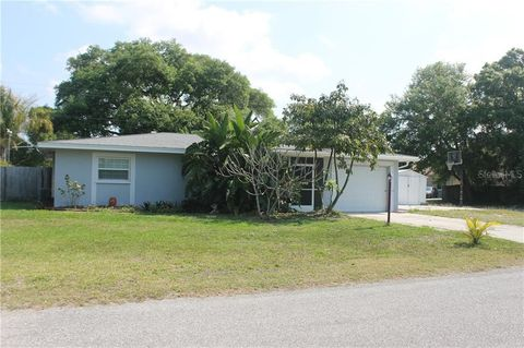 Photo of 3926 Tarpon Rd, Venice, FL 34293