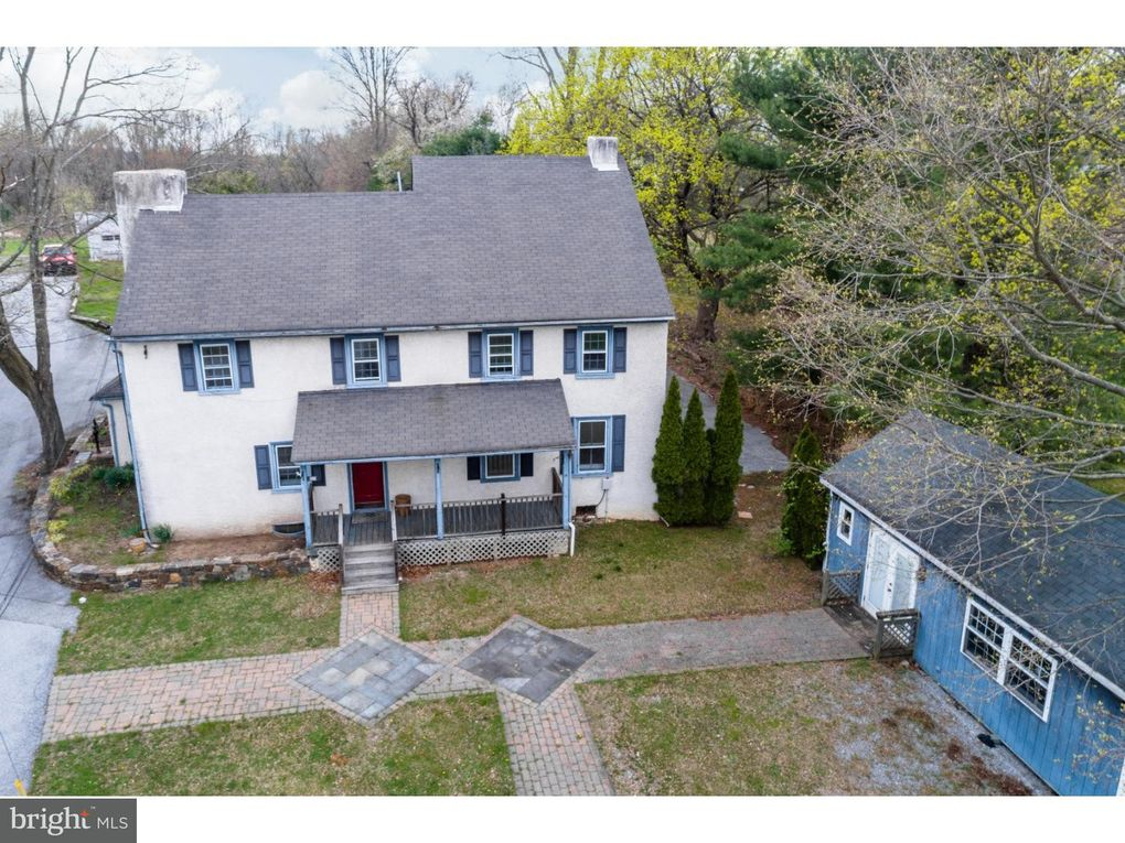1371 W Strasburg Rd West Chester, PA 19382