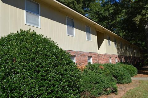Photo of 205 Kirk Ln Apt 8, Pendleton, SC 29670
