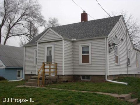 Photo of 4016 15th St, Moline, IL 61265