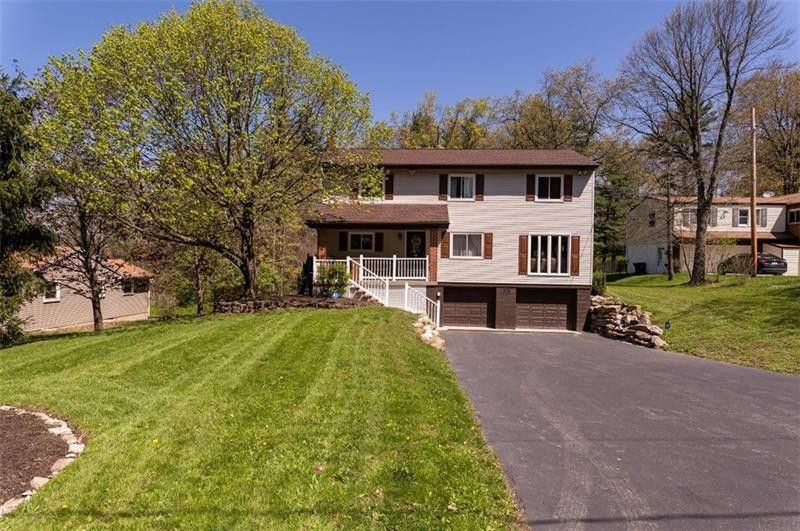 81 Forestvue Ave McCandless Township, PA 15090