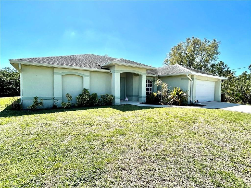 1836 Jovita Ave Lehigh Acres Fl 33972 Realtor Com
